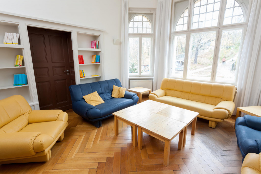 Lounge »Lissabon« in der »Gelben Villa«. 20m² für 9 Personen