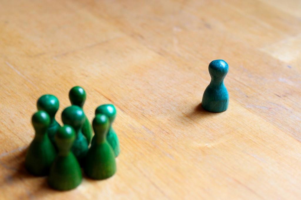 Durch Rollenspiele können verschiedene Arten von Diskriminierung kennengelernt werden // Foto: Ohmydearlife, www.pixabay.com